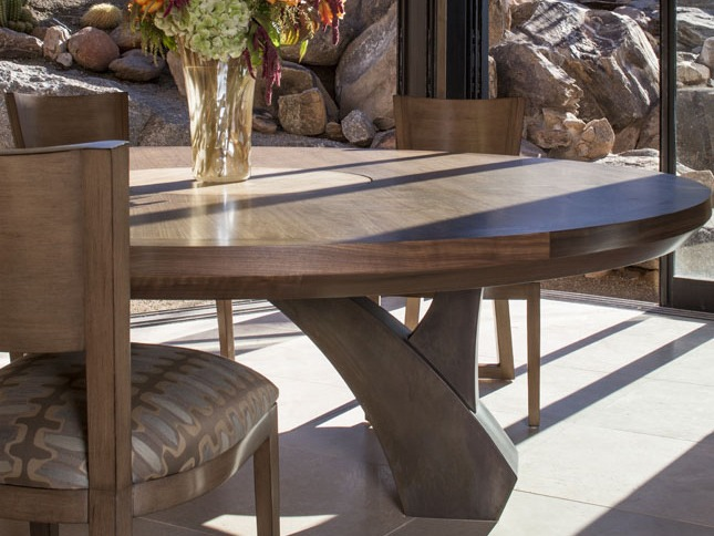 Custom made dining room table by Soloway Designs Architecture + Interiors